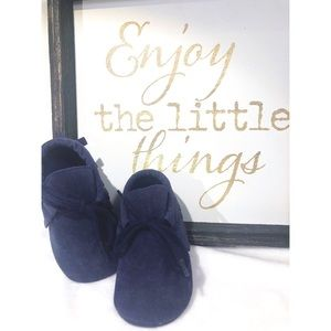 NAVY BABY MOCCASINS - NWT